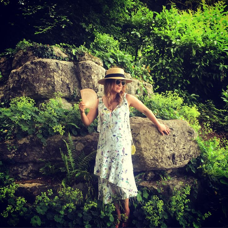 Floral print / dropped waist dress/ boater hat / summer outfit