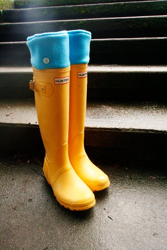 Yellow Hunter Rain Boots With Spring Showers SLUGS Fleece Rain Boot Liners Solid by WithTheRain #hunterboots #rainydaystyle