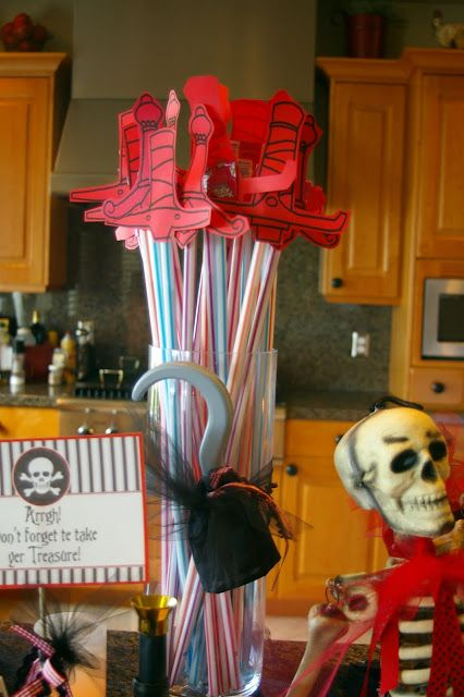 Bridgey Widgey: Pirate Party  Not that I am all about the 2 foot tube of sugar but these are cute!