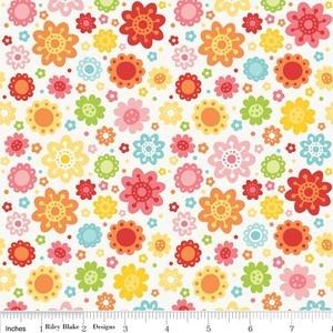 Lori Whitlock - Hello Sunshine - Petals in White