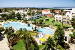 Holiday to Mayfair Gardens Apartments in PAPHOS (CYPRUS) for 3 nights (BB) departing from MAN on 19 Nov: Annexe Twin Room with Pool View…