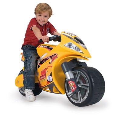 Injusa Winner loopmotor - geel  De Winner loopmotor is speciaal voor de allerstoerste jongens! De motor ziet er flitsend uit met zijn opvallende gele kleur met coole accenten.  EUR 59.99  Meer informatie