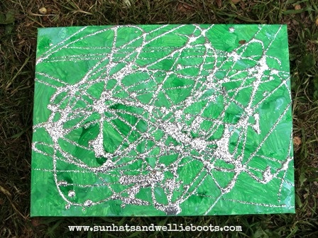 Sun Hats & Wellie Boots: Spider's Web Canvas_Drizzle Painting with Glitter and Elmer's Glue