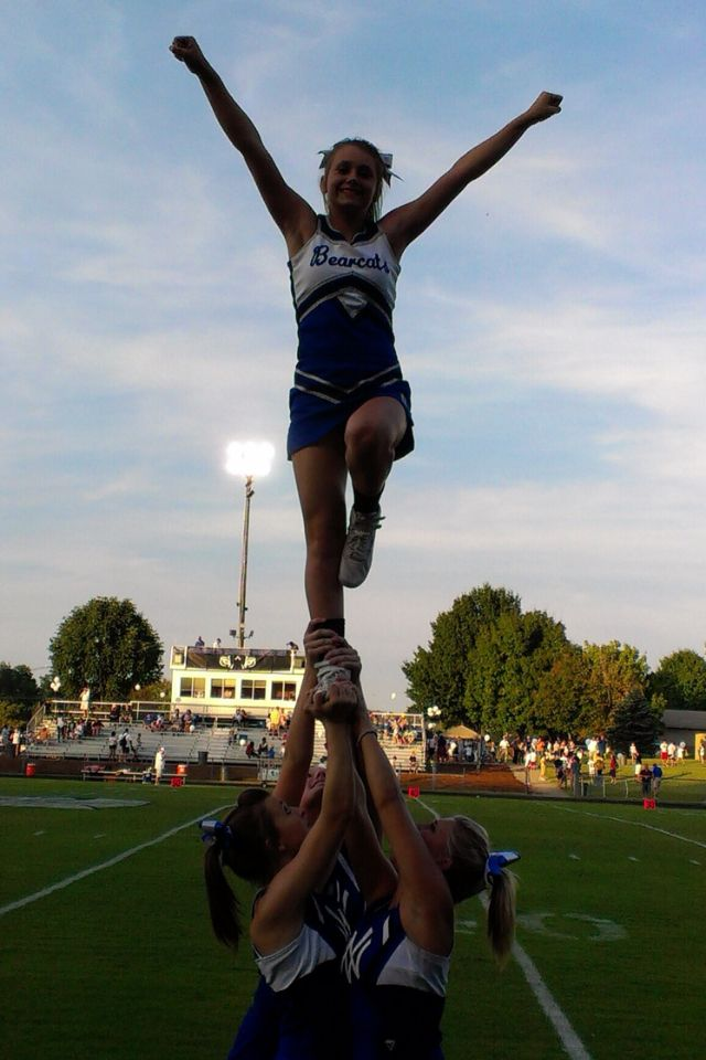 17 Best images about CHEER STUNTS on Pinterest | Bow ...
