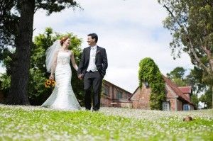 Precise Moment Photography is offering wedding & portrait photography in Craigieburn.