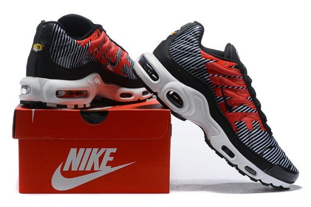 9fb911782a28 Exquisite Nike Air Max Plus TN Striped Black White Pure Platinum AT0040 001  Sneakers Men s Running Shoes