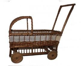Vintage rieten kinderpoppenwagen