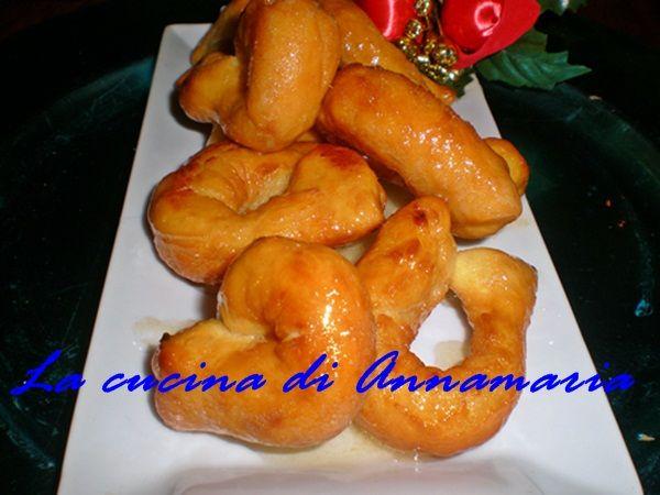 Zeppoline al miele di Sal de Riso, ricetta di Natale