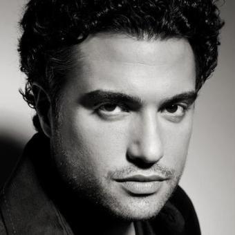 Brasilian/Egyptian Jaime Camil. Look at those beautiful lips.