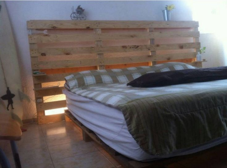Recycled Wood Pallet Bed with Light Effects  0 BY PALLET LOVER ON	AUGUST 23…