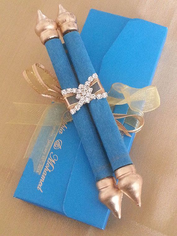 MINI SCROLL WITH MATCHING POUCH