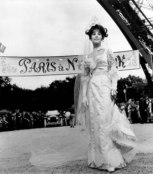 Natalie Wood in The Great Race, one of my favorite movies and women costumes!