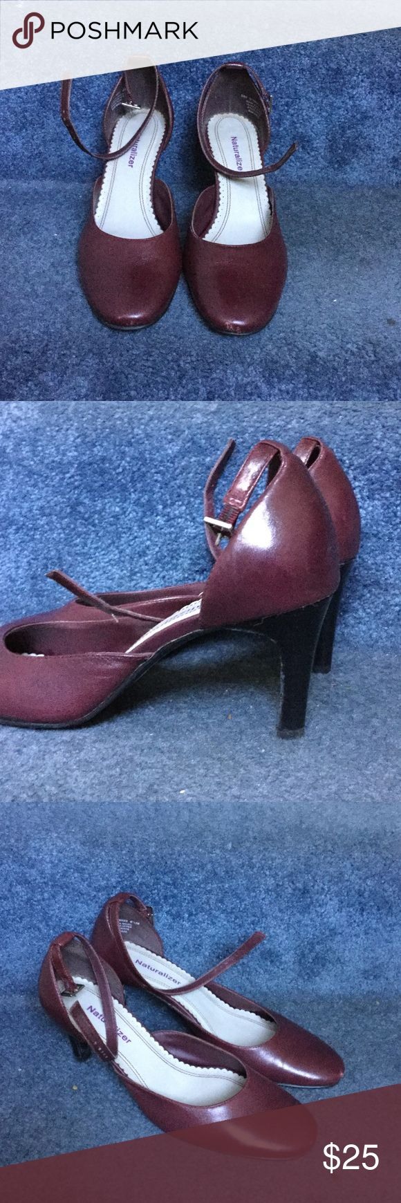 Mid heel shoes Slightly used; leather Naturalizer Shoes Heels