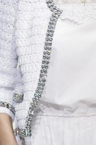 Dolce & Gabbana Spring 2011  https://www.facebook.com/#!/DiMartinoChiropractic