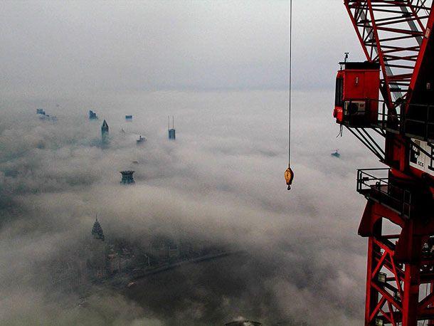 Stunning-Photographs-Of-Shanghai-Tower-By-Wei-Gensheng-7
