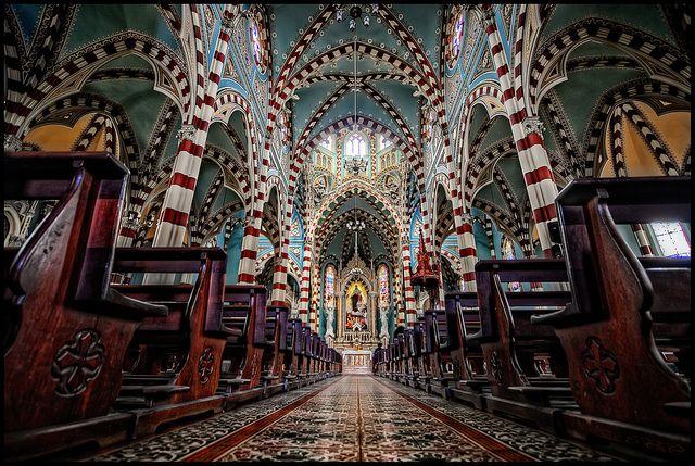 Iglesia de Nuestra Senora del Carmen, Bogota, Colombia | Flickr - Photo Sharing!http://www.flickr.com/photos/pedrosz/9392002229/