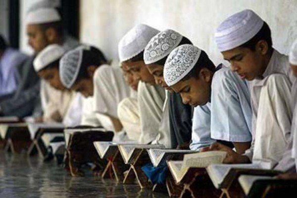 مذہبی رہنماؤں اور مدارس کے اکاؤنٹس کی جانچ پڑتال شروع کردی گئی ، روزنامہ اُردو پوائنٹ