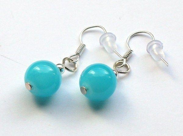 Błękitne kolczyki ze szklanych kulek 10 mm w Especially for You! na http://pl.dawanda.com/shop/slicznieilirycznie  #kolczyki #earrings  #handmade #DaWanda