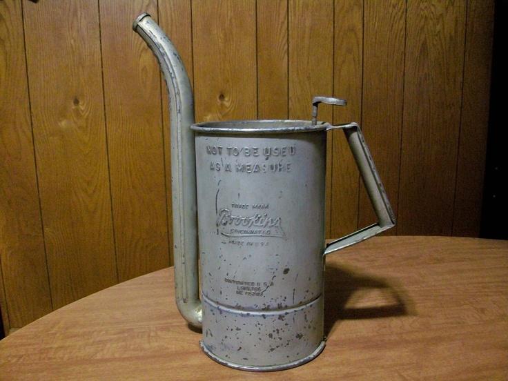 Old Oil Can Dispener