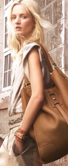 J'aime les grands sacs.