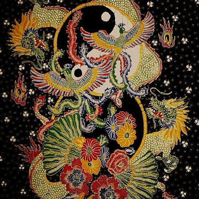 Batik lasem - yinyang, dragon & hong bird - Indonesia