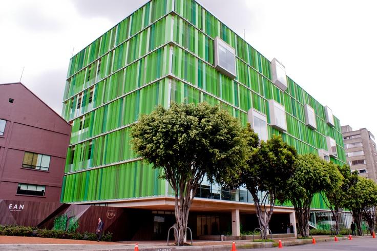Universidad EAN. La Universidad de los Emprendedores. Bogotá, Colombia.