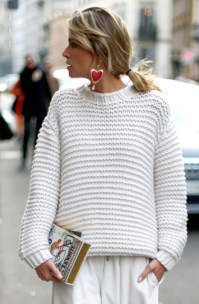 white knit. nice. #HelenaBordon in Milan.