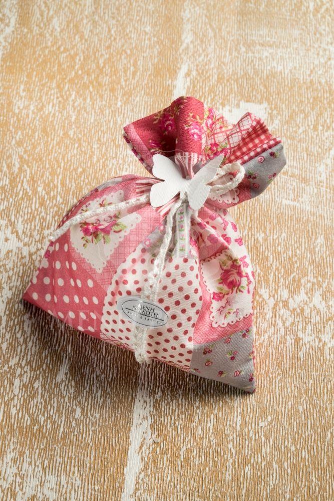 Μπομπονιέρα βάπτισης για κορίτσι φλοράλ πουγκί με βαμβακερή δαντέλα και χάρτινη πεταλούδα