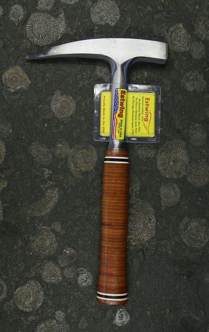 ESTWING Pickhammer mit Ledergriff (22oz)