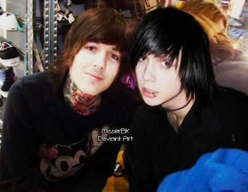 Okay. Oli has not changed in the span of four years XD and Andy went from a teenage transformation to man XDXD they both are adorable no matter what though <3