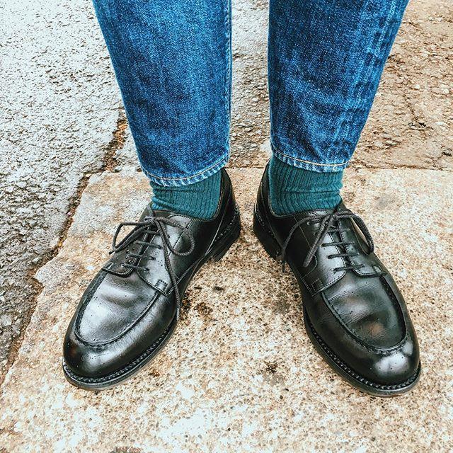 皆さん雨だからゴルフ...っておっしゃいますが、12万円の雨靴って、普通に考えたらおかしいです(^^;)。そんなおかしな、今日の雨靴(笑) #jmweston #jmweston641 #jmwestongolf #jmウェストン #JMウェストンゴルフ #リゾルト #リゾルト710 #resolute710
