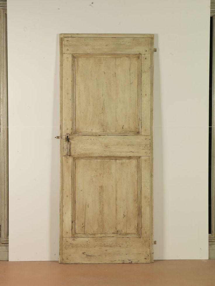 Riproduzione di una porta di fine '700 realizzata in abete di patina.