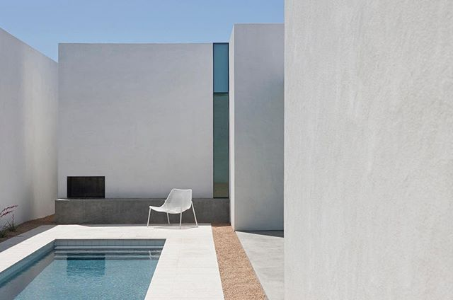 """Via _roomonfire Barrio Historico House by @HKAssociatesinc in Tucson, Arizona, 2011   From the architect. """"Located in Tucson's Barrio Historico, this residence is a modern interpretation of the neighborhood's traditional courtyard architecture. From the street, the house is anonymous, fitting into the Barrio context with façade proportions and door and window openings in keeping with neighborhood guidelines. The interior of the house is something very different: a contemplative courtyard…"""