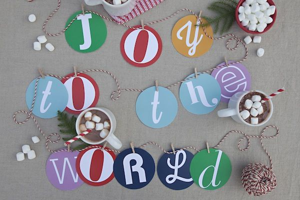 happy anything garland: Holidays Cheer, Barns Kids, Holidays Garlands, Christmas Wint, Christmas Decor, Happy Holidays, Christmas Garlands, Christmas Trees, Christmas Ideas