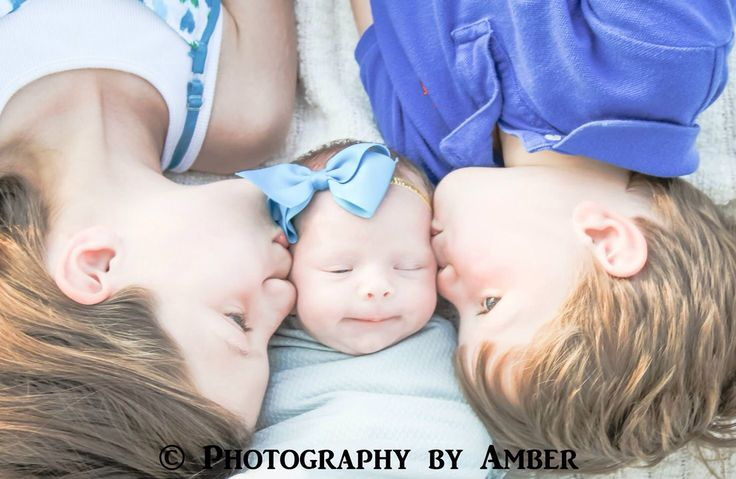 ©Photography by Amber   Newborn photography, newborn siblings, outdoor newborn session