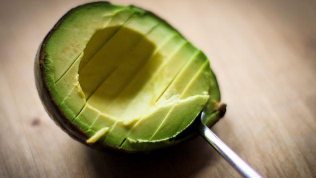 L'avocado abbassa il colesterolo e fa bene al cuore
