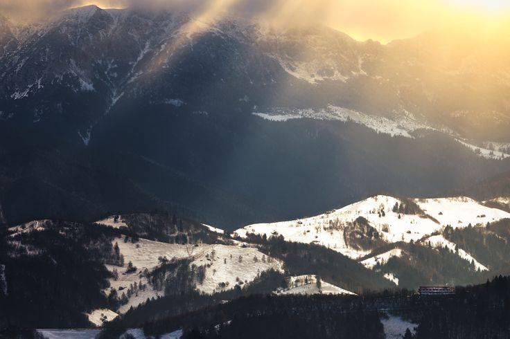 Sunrays over Bucegi - Dramatic sunrise lighting over Bucegi Massif