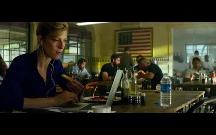 Apple MacBook Pro 13 – 13 Hours: The Secret Soldiers of Benghazi (2016) Movie Scene