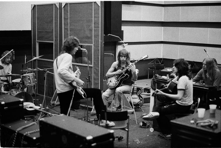 "In ""New Advision"" Studios, working on Fragile, L-R: drummer Bill Bruford, bassist Chris Squire, guitarist Steve Howe, singer Jon Anderson and keyboardist Rick Wakeman"