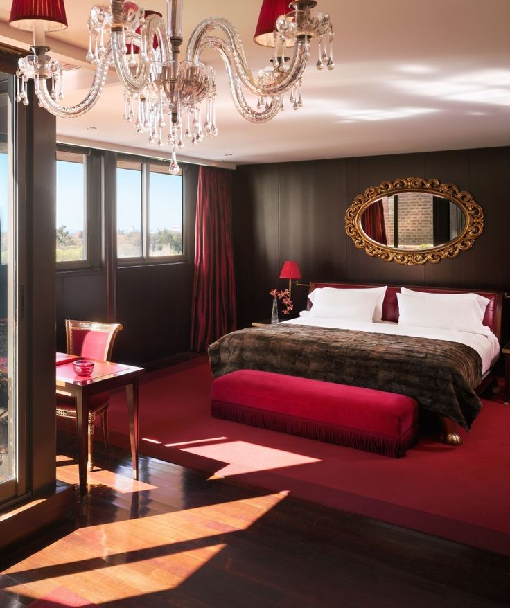 Rooms are sleek and sexy in this Buenos Aires hotel, while the communal areas sweep you into fantasy worlds, from the red-velvet-lined tango cabaret to the Cinderella-esque restaurant Bistro Sur, where unicorn heads line the walls.