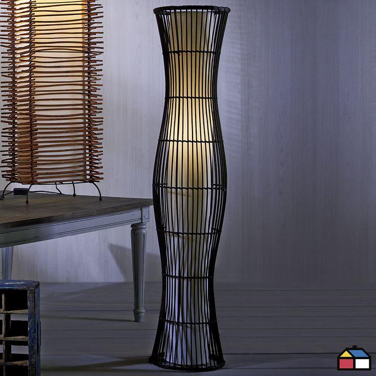 Las #lámparas de pie proporcionan tanto luz directa como indirecta, y si tienen materiales como el bambú, son ideales para sumar calidez a cualquier espacio. #Iluminacion