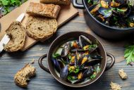Steamed Mussels Provencal