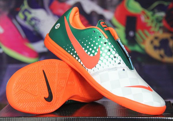 Sepatu Futsal Nike Elastico Hijau Putih KW Super Rp 170.000  Pin BB : 277D5CC1 SMS : 0856 5879 0893 | call : 0821 7800 6207 http://sepatufutsalpremium.com/