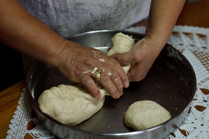 The ingredients for the dough giagia Eleni makes are: 1/2 kilo flour  (≈4 cups) 1 tea spoon salt 1 tea spoon sugar 1 soup spoon vinegar 5 ssp olive oil and a glass of water *tip: the water must be lukewarm. You don't pour the whole glass from the start but little by little while …