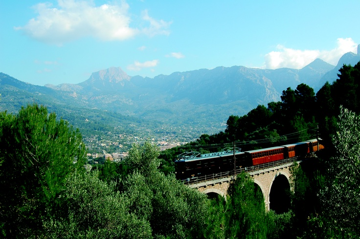 Here you can see at the bottom the Valley, Soller. The Train passes through a wonderful and vivid scenery like no other. ----- More Information: http://www.nofrills-excursions.com/excursions-tours-thingstodo/port-alcudia/a-day-in-lluc-and-soller/