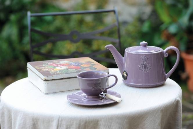 Teekanne Corona Viola von Virginia Casa