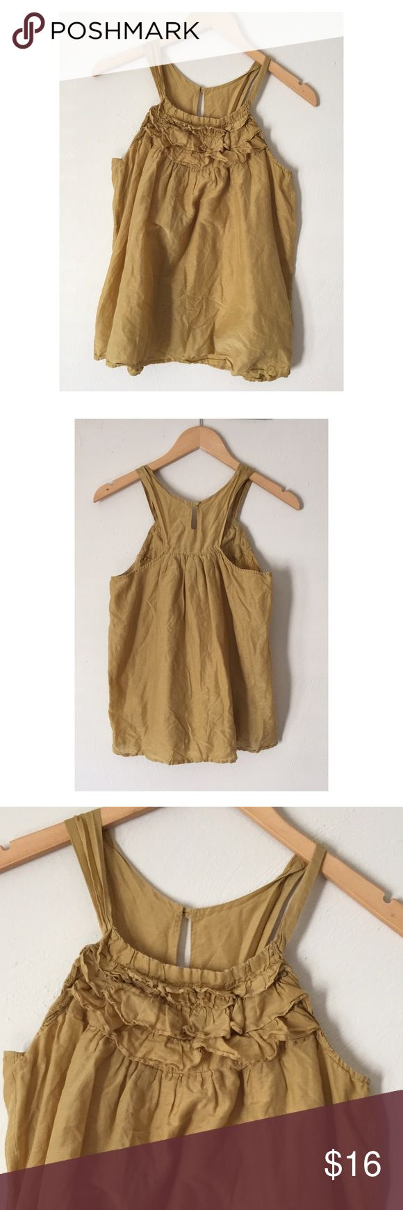 💄Jaloux silk blend gold smock top💄 By Jaloux -Gold colored smock style top -70% cotton/30% silk -Size M -Top of strap to bottom 24in. long/chest 15in. across -Boho style, matching underlay, keyhole back, ruffle top front, great condition Jaloux Tops Camisoles