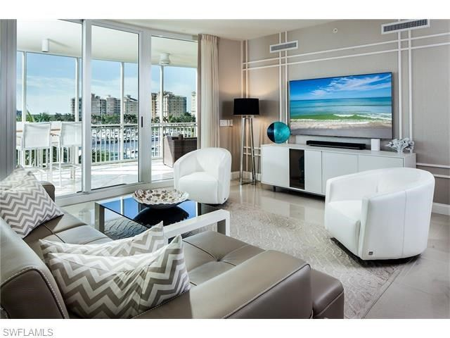 13675+Vanderbilt+Drive+#I-505,+Naples,+FL+-+$2,195,000,+3+Beds,+4+Baths.+Meticulously+maintained,+with+sweeping+southwestern+views+over+the+Gulf+of+Mexico+and+marina.+Private+elevator+opens+onto+dramatic+setting+with+impressive+finishes+including+Snaidaro+cabinetry,+Waterworks+fixtures+and+upgraded+flooring+throughout.+Epicurean+kitchen+includes+top-of-the-line+appliance+package,+gas+cooktop+and+breakfast+bar.+Family...