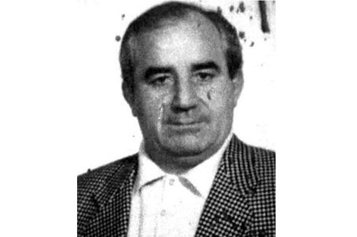"Mariano Agate (May 19, 1939 in Mazara del Vallo – April 3, 2013 in Mazara del Vallo) was a member of the Sicilian Mafia. He was the boss of Mazara del Vallo Mafia family since the 1970s when he replaced the old boss Mariano Licari. He also was the boss of the mandamento of Mazara, including the Mafia families of Marsala, Salemi and Vita. Agate was a member of ""Iside"", one of the most powerful local Masonic lodges."