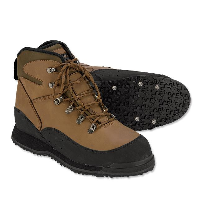 River ™ Ultralighte Studded Women's Wading Boots Lightweight studded wading boots for women.